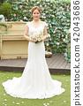 女性新娘形象 42043686