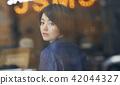唱片店女性肖像 42044327