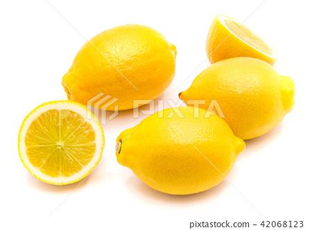 Fresh lemon isolated on white 42068123