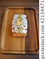 butter cake, pound cake, france 42134471