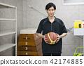 선생님 교사 체육 교사 동아리 바구니 창고 학교 수업 교육 이미지 세로 트 42174885
