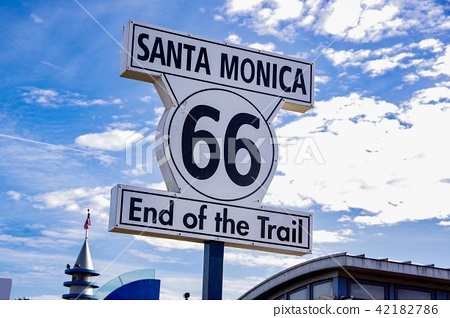 Signs of Santa Monica 42182786
