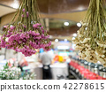 Dry flowers in a store 42278615