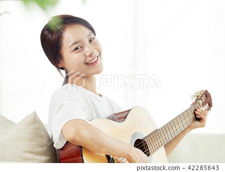 싱글라이프 가수의 하루 취미생활  42285643