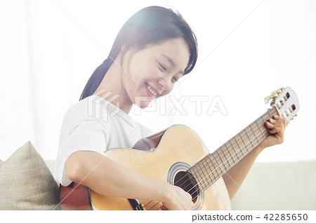 싱글라이프 가수의 하루 취미생활  42285650