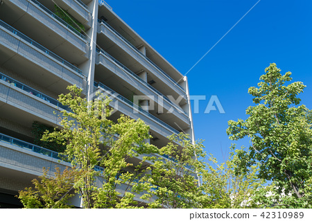 公寓·藍天和綠色 42310989