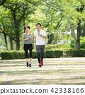 中間夫婦慢跑圖像 42338166