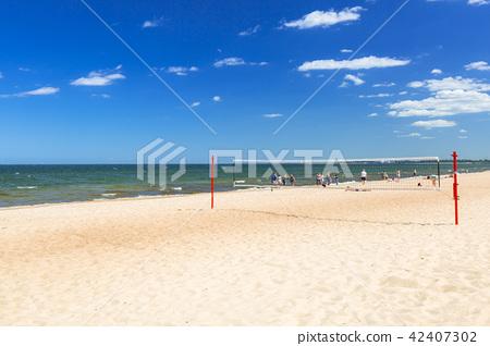Sunny beach at Baltic Sea in Sopot, Poland 42407302