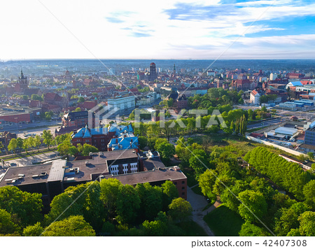 Aerial view of the oldtown in Gdansk, Poland 42407308