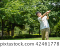 中男高尔夫运动高尔夫球场图像 42461778