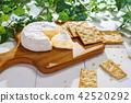 치즈와 크래커 42520292