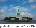 Statue of Liberty New York 42529999