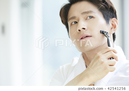 男性美牙科 42541256