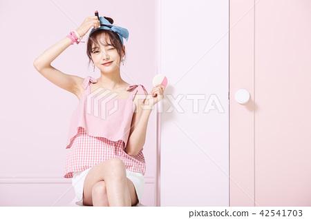 여성 Youth 미용 이미지 42541703