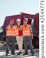woman, truck, people 42544775