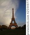 Eiffel Tower 42544977
