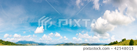 panorama of gorgeous cloudscape movement 42548013