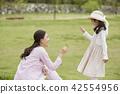 봄,가족,공원,일상,라이프스타일,산책,소풍,나들이,모녀 42554956