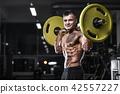 健美运动者 健身房 举起 42557227