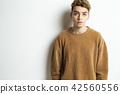 男性外國人肖像面部表情 42560556