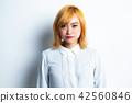 女性肖像面部表情 42560846