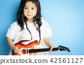 女孩肖像吉他 42561127
