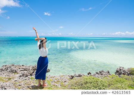 沖繩的海洋和女性獨自旅行 42613565