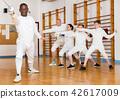 gym, stance, lunge 42617009