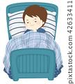 孩子 睡觉 床 42633411