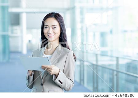 女商人(平板電腦) 42648580