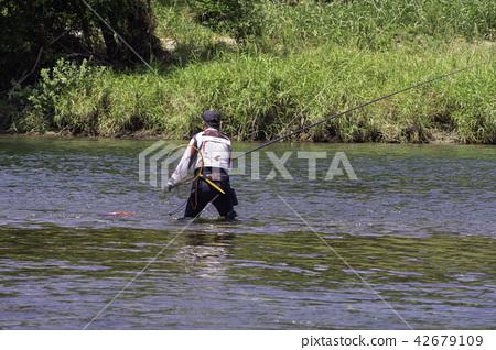 阿玉釣魚 42679109