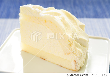 Delicious cheesecake 42698435