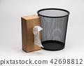 Tissue box and Metal trash bin  42698812
