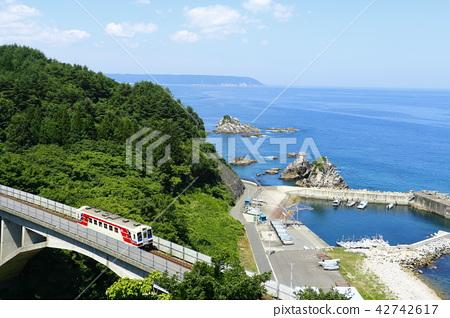 Sanriku Railway 36 crossing the Osawa bridge 42742617