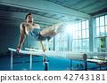 体操运动员 运动员 体操 42743181