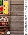 pasta, tomato, cucumber 42756484