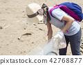 海洋废弃物 女孩净滩 42768877