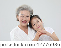 할머니, 손녀, 가족 42776986