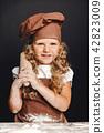 girl, bread, chef 42823009