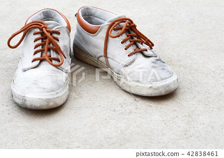 old sneaker 42838461