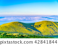 hill, sea, of 42841844