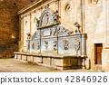 Gate of Justice to Alhambra complex in Granada 42846926