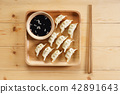 Japanese dumpling 42891643