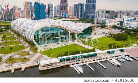 八五大樓、新光碼頭、高雄展覽館Asia Taiwan Kaohsiung City 42915630