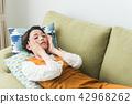 집에서 휴식 여성 42968262