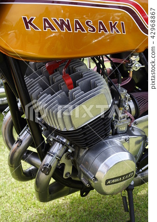 가와사키 마하 IV750cc (H2) 750SS2 스토나나항 강렬한 가속 배기 가스, 소음 규제 모델 소멸 42968867