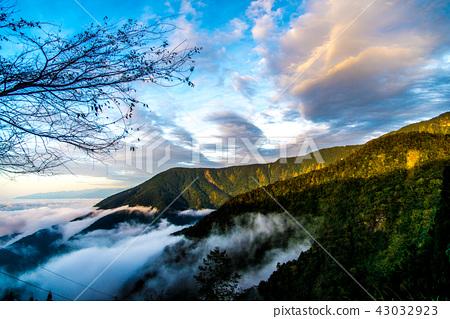 西巒大山 43032923