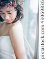 ウェディングドレスの女性 ブライダルイメージ   43069836