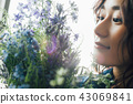 꽃이있는 생활 여성 인물 43069841