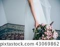 ウェディングドレスの女性 ブライダルイメージ   43069862
